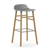 Form Chair baarijakkara Jalat tammea harmaa, Normann Copenhagen