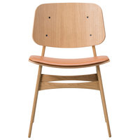Fredericia Søborg tuoli 3051, puurunko, lakattu tammi - ruskea nahka