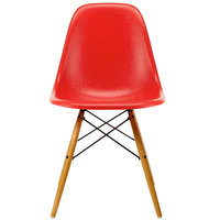Vitra Eames DSW Fiberglass tuoli, classic red - vaahtera