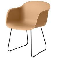 Muuto Fiber tuoli käsinojilla, kelkkajalka, okra - musta