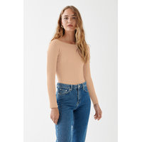 Louise knitted off shoulder